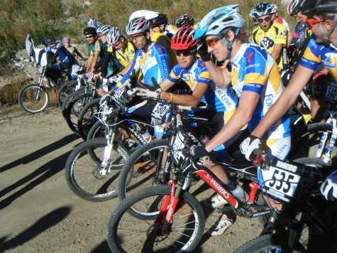 The A mens race saw Devo Alumni Joe Schneider line up on the front row with a 42 pound DH bike. He didnt make it far.