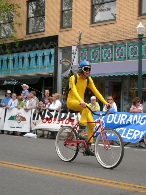 Grady wins best costume in 08 cruiser crit