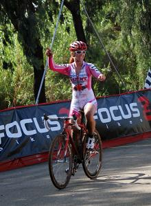 Teal Stetson-Lee (California Giant Berry-Specialized) wins her first UCI cyclo-cross race